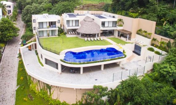 Home for sale in Manzanillo Real Estate